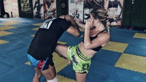 How to Spear Knee Taught by Two Thai Legend Trainers