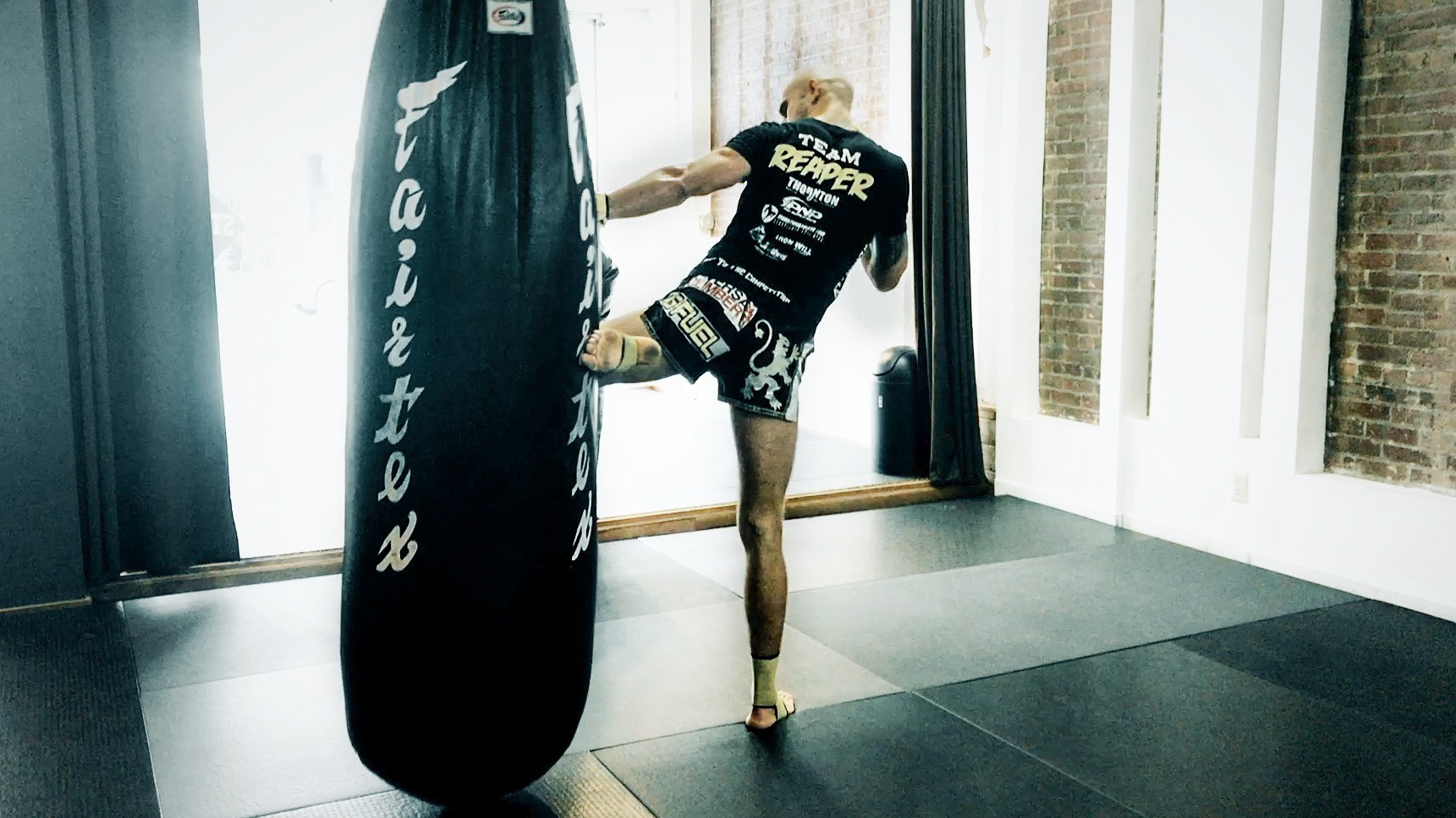 Heavy Bag Drill: More Hip Turn on Kicks in 60 Seconds